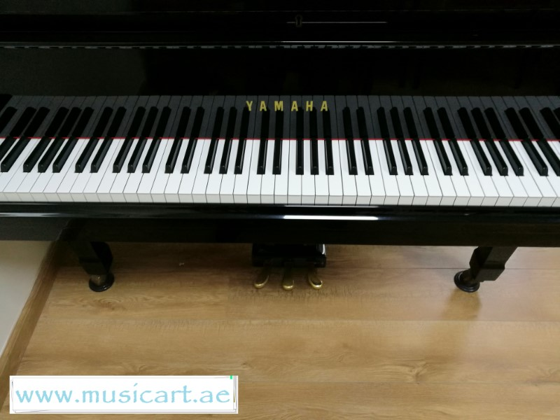 Picture of 'Yamaha Grand Piano G3 Serial Number B4710690'