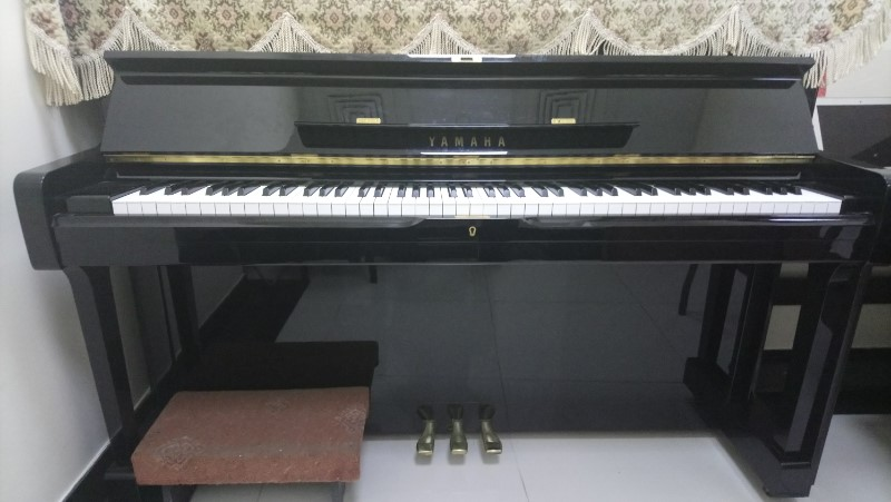 Picture of 'Yamaha Upright Piano U1M Serial Number 3414261'